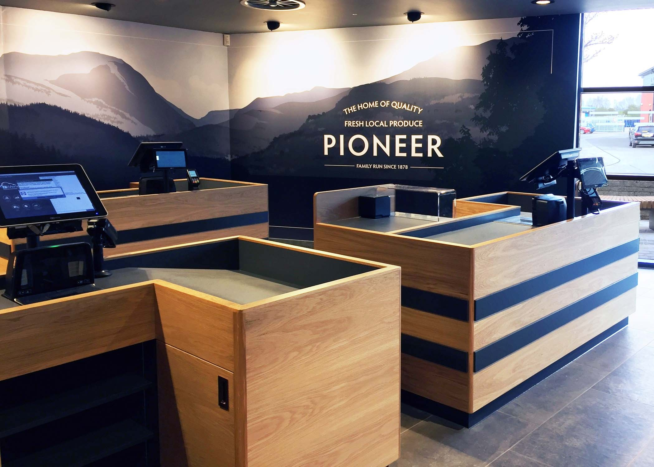 Pioneer Foodstore Till Area Reduced