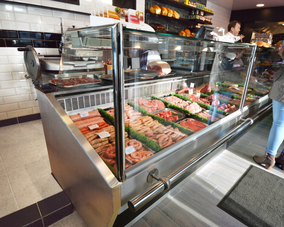 Straight Glass Butchers Serve Over Counter