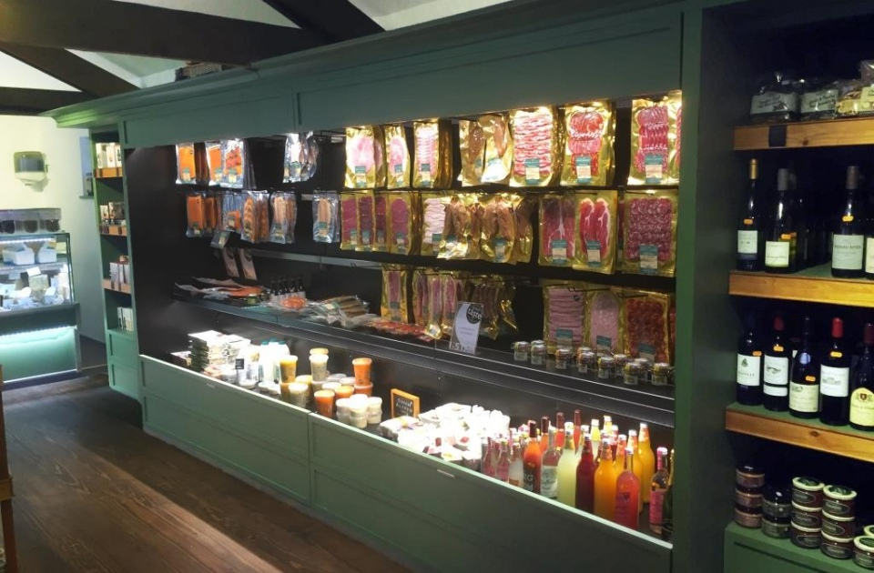 Weald Smokery Multideck Display